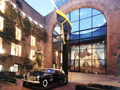 Theatre-Museum Dalí