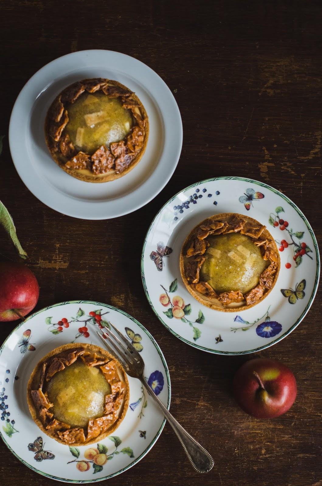 Tartelettes aux pommes ganache Ducey et éclats de Florentin