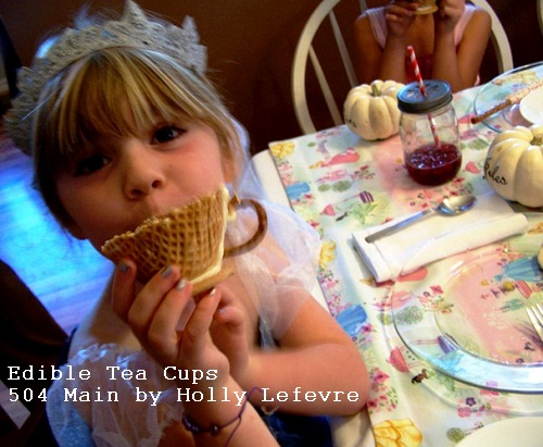 edible tea cup at Princess party