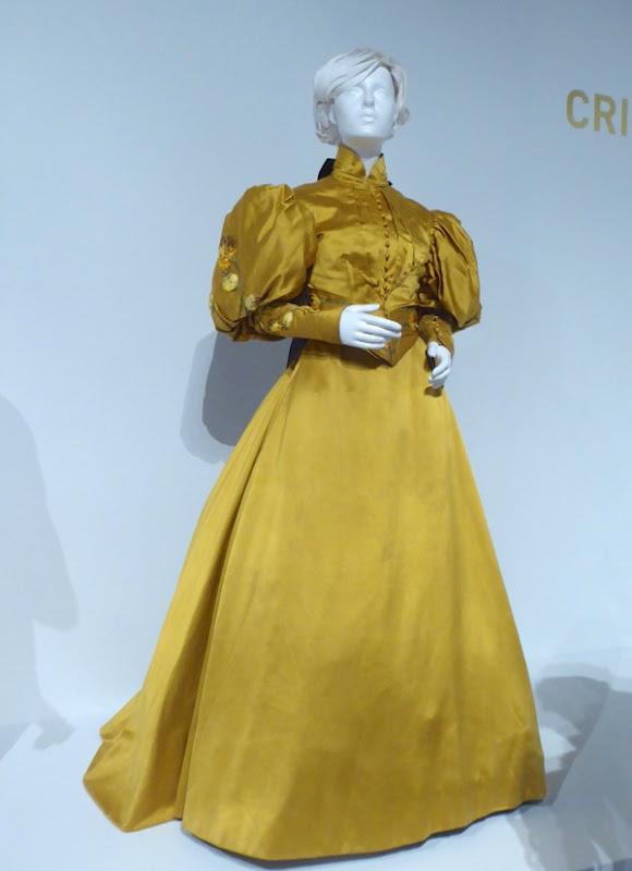 Mia Wasikowska Crimson Peak Edith Cushing costume
