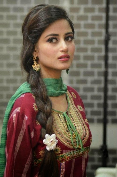 Sajal Ali Wallpapers Hd Free Download Unique Wallpapers