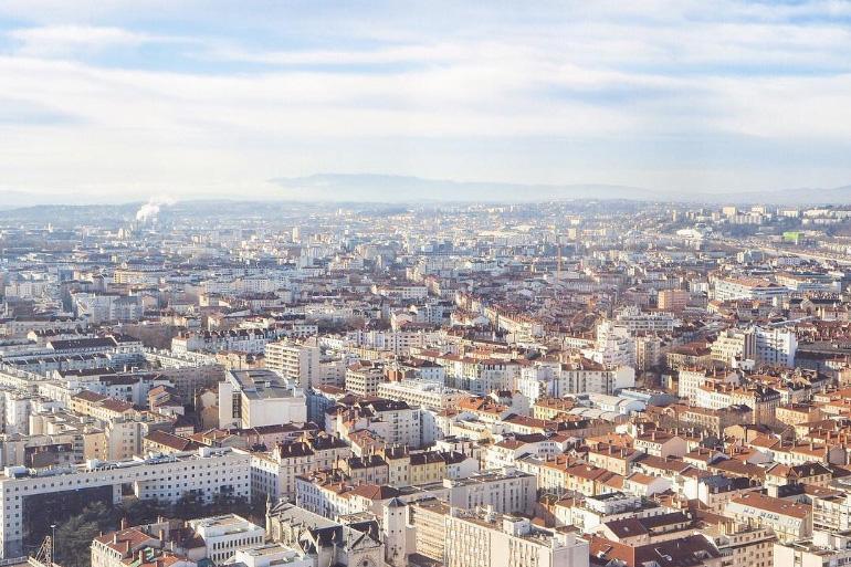 Vue panoramique sur la ville de Lyon depuis l'hôtel Radisson Blu