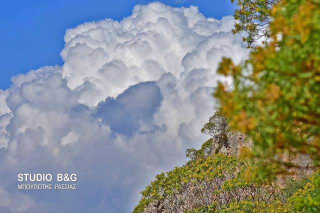 Έκτακτο δελτίο της ΕΜΥ: Αλλάζει το σκηνικό του καιρού με βροχές και σκόνη (πρόγνωση για όλη τη βδομάδα)