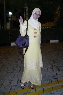 serba kuning tema baju raya