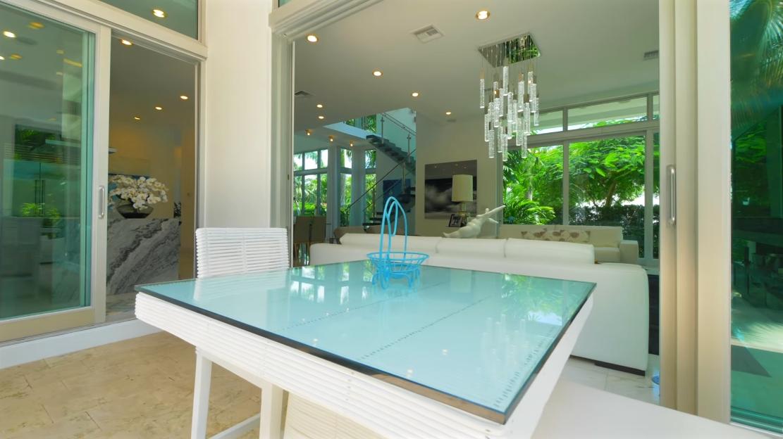 Tour 120 N Hibiscus Dr, Miami Beach FL vs. 40 Interior Design Photos