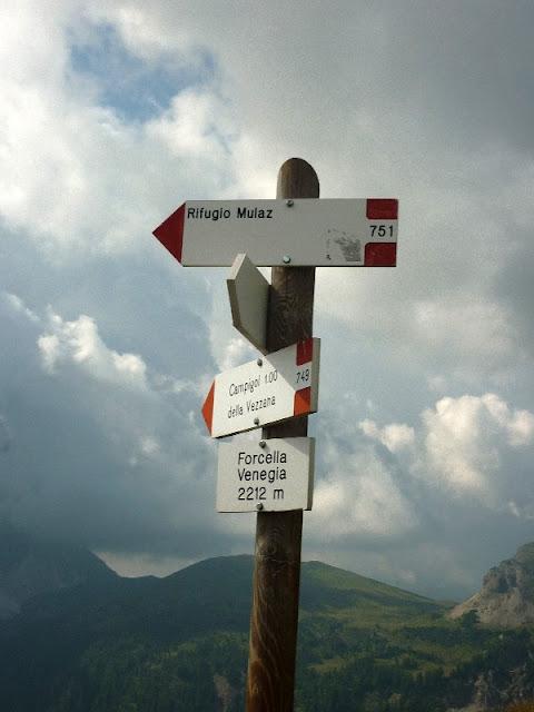 sentiero escursione in val venegia