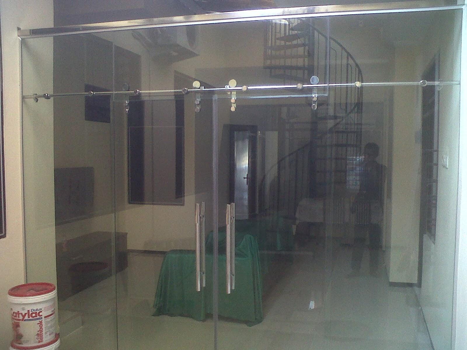 pintu sliding kaca tempered
