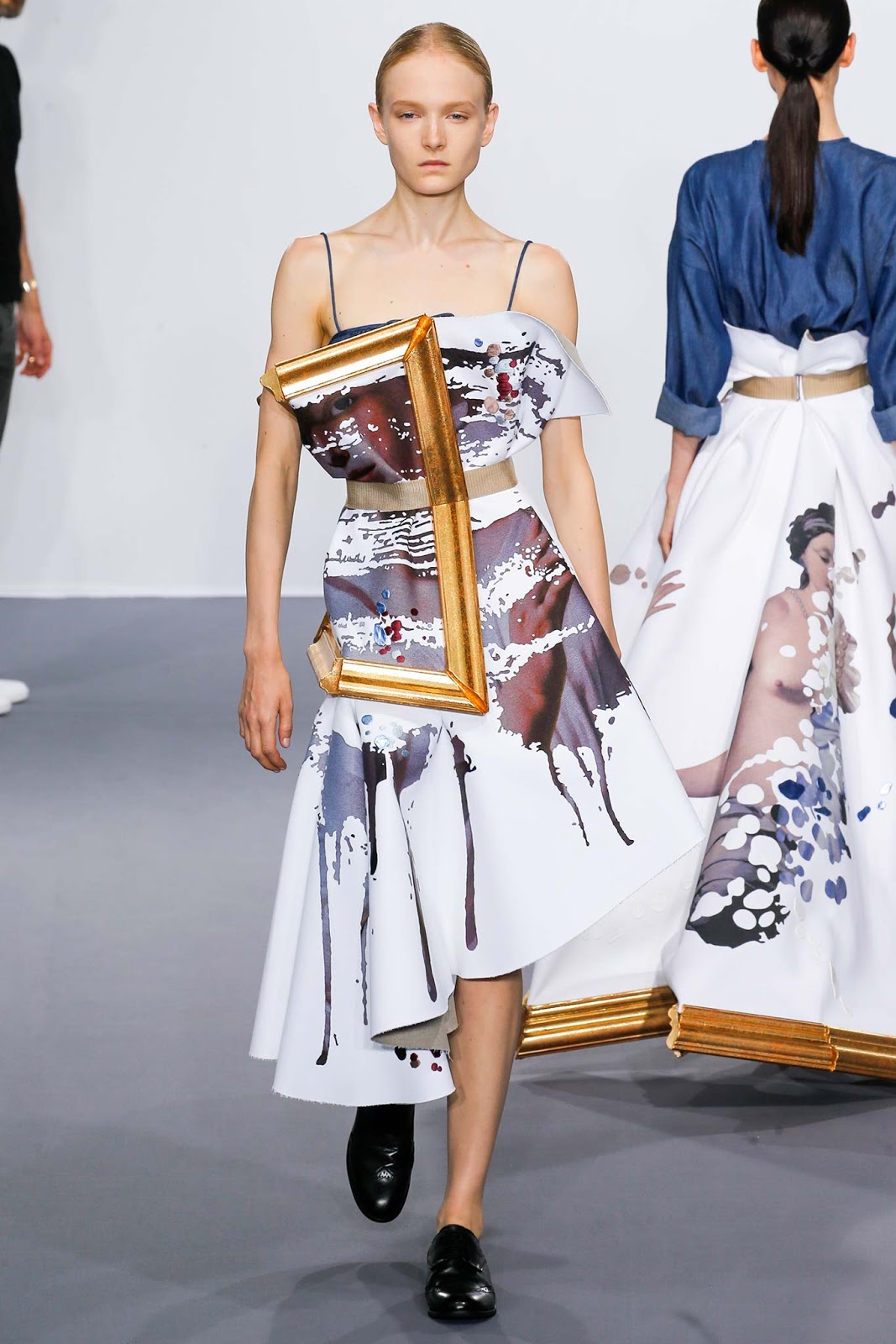 Viktor Rolf Fall 2016 Couture Fashion Show: District Of Chic: Viktor & Rolf's Wearable Art