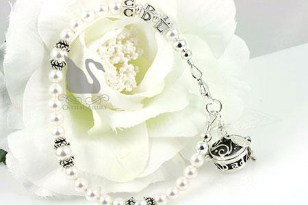 Custom Pearl Bali Bridal Memorial Bracelet (B168) with Flower