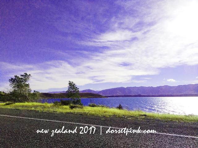 http://www.dorsettpink.com/2017/08/travelogue-lake-pukaki-newzealand.html