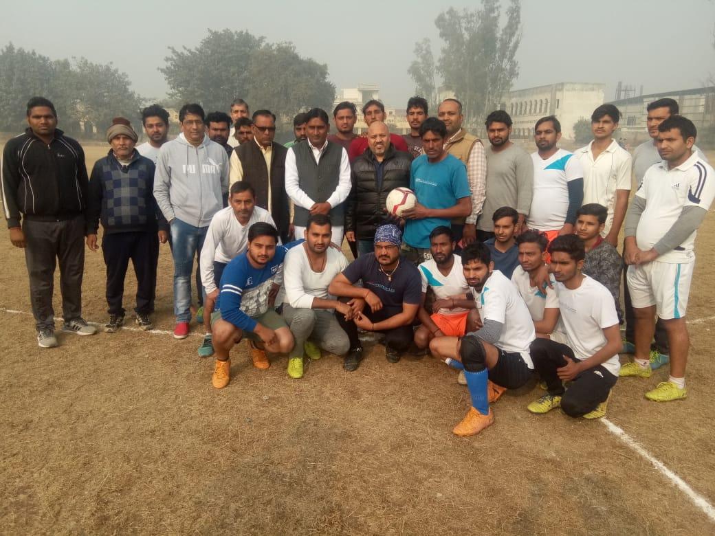 शारीरिक और मानसिक विकास के लिए खेल जरूरी : मुनेश पंडित
