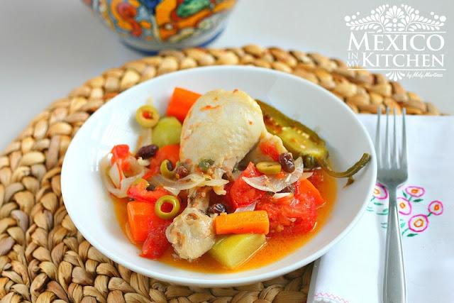 Olla Tapada an easy and versatile chicken recipe