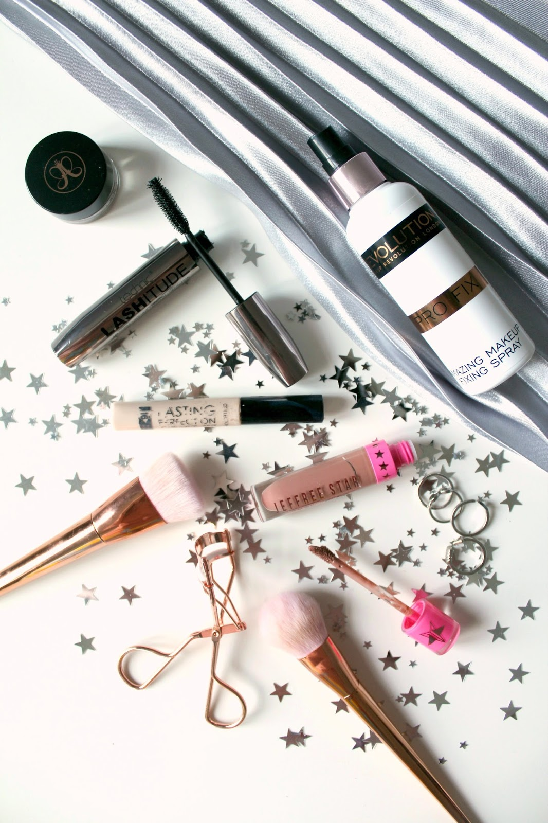 the five product face minimal fuss-free easy to create long-wearing collection lasting perfection concealer technic lashitude mascara anastasia beverly hills dipbrow pomade makeup revolution fixing spray jeffree star velour liquid lipstick celebrity skin