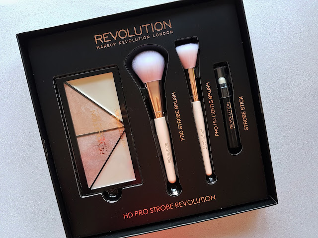 Makeup Revolution HD Pro Strobe Revolution: Review y Swatches