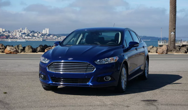 2017 Ford Fusion Energi Plug-In Hybrid Review