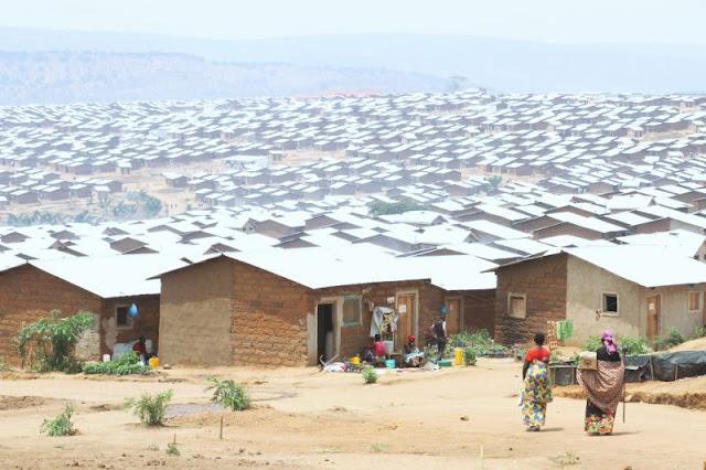 Em 7 de setembro um comboio com 301 refugiados do campo de Nduta, na Tanzânia, retornou para o Burundi, com mais burundineses chegando nos dias que se seguiram. No total, 12.000 inscreveram-se para o retorno voluntário este ano. Apesar de não serem os primeiros a retornar, o número é grande; e seu retorno foi organizado pelos governos do Burundi e da Tanzânia com a Alto Comissariado das Nações Unidas para Refugiados (UNHCR).