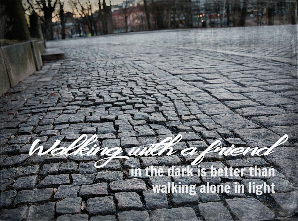 Turku, valokuvaus, valokuvaaminen, rakennukset, Suomi, vanha rakennus, Visualaddict, Frida Steiner, Valokuvaaja, ilta, kaupunki, mietelause, quote, ystävä, friend
