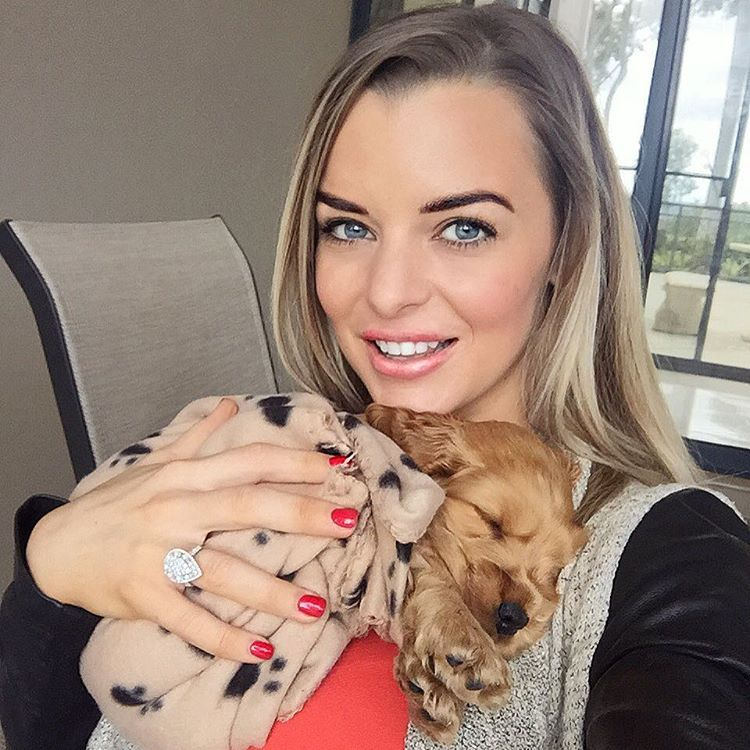 The Cutest Social Media Snapshots – Chloe Patterson