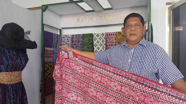 Uke Kurniawan, Pensiunan Dini PNS Sukses Banting Stir Kembangkan Batik Banten