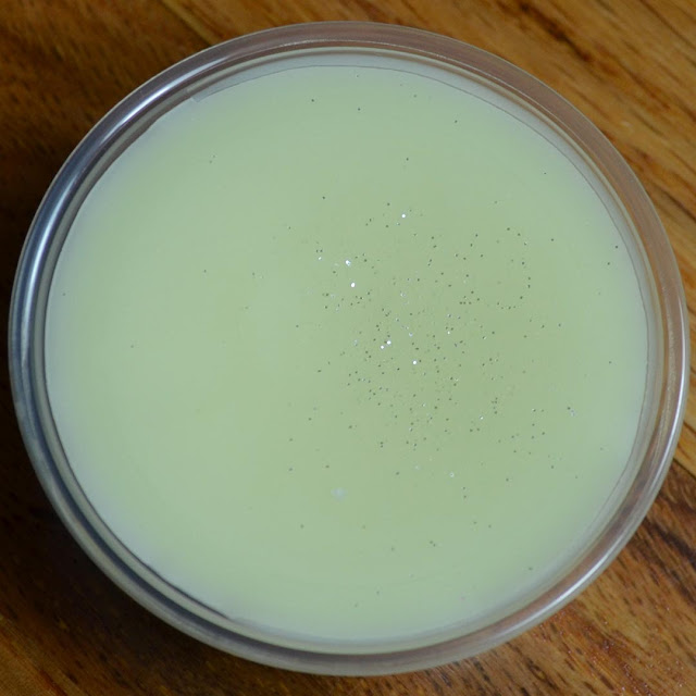 banana coconut milkshake wax melt