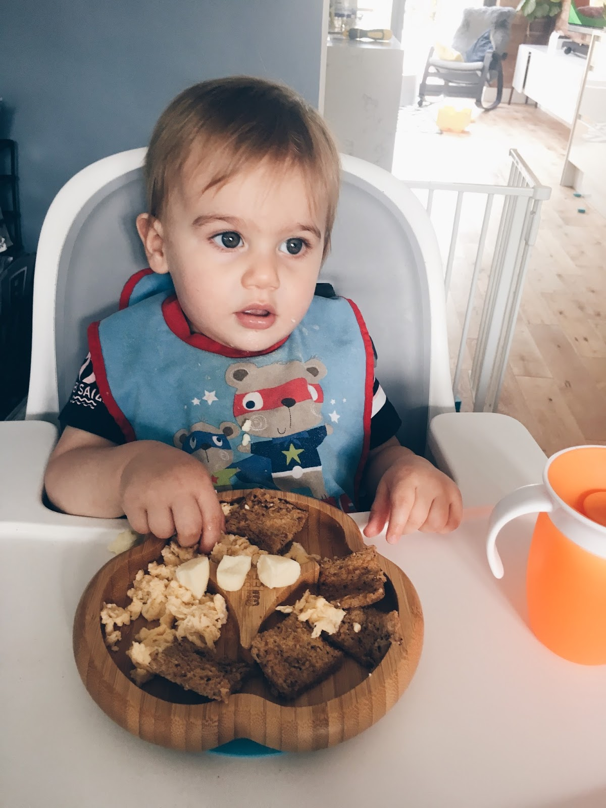 Scrambled egg on toast for toddlers