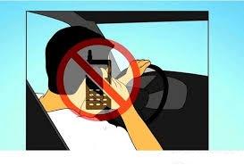 phụ nữ học lái xe du lịch
