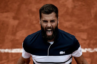 Benoit Paire keeps Paris entertained