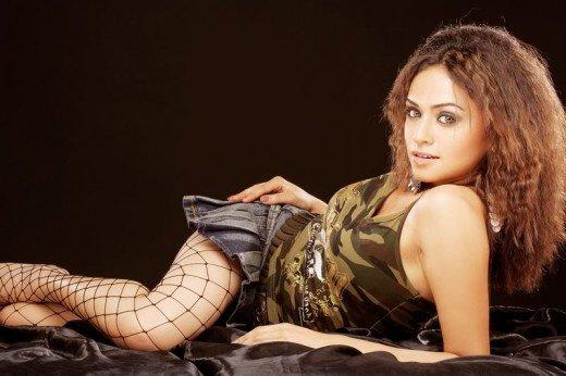 Puputupu Marathi Actress Amruta Khanvilkar-2703
