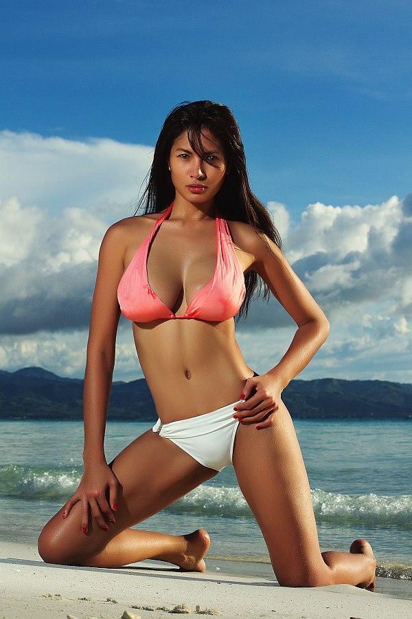 sexy asian girls bra and panty pics 02