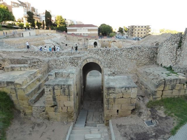 Anfiteatro de Tarragona, vía Augusta