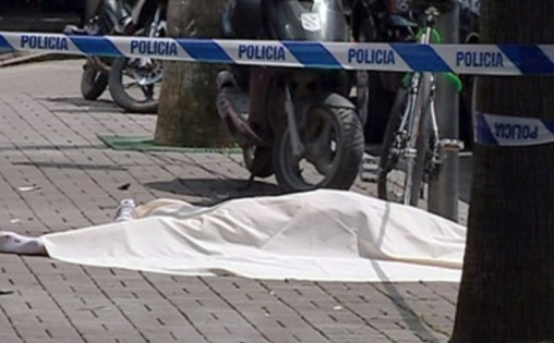 63-year old woman died after accidentally fell from the roof of her home in Tirana