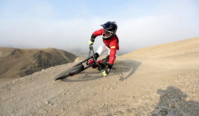ciclismo de montaña Morro Solar turismo chorrillos lima peru