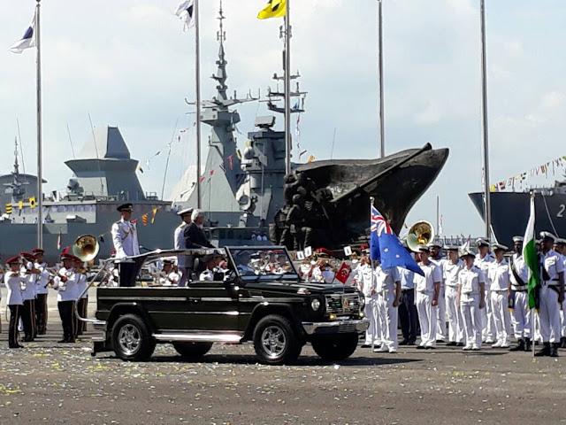 Direktur Operasi Laut Bakamla RI Hadiri Parade Kapal 40 Negara di Singapura