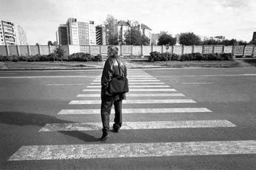 Agyrophobia - Fobia menyeberang jalan sendirian