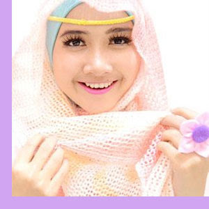 Tips Hijab : Single Layer, Sulap Pipi Chubby Menjadi Tirus