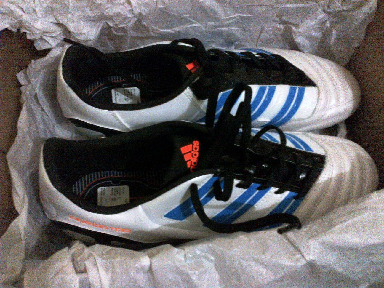jual sepatu futsal adidas predito absolado in second  Agustus 2012 b0a369c094