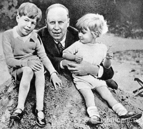 Сергей Прокофьев с сыновьями