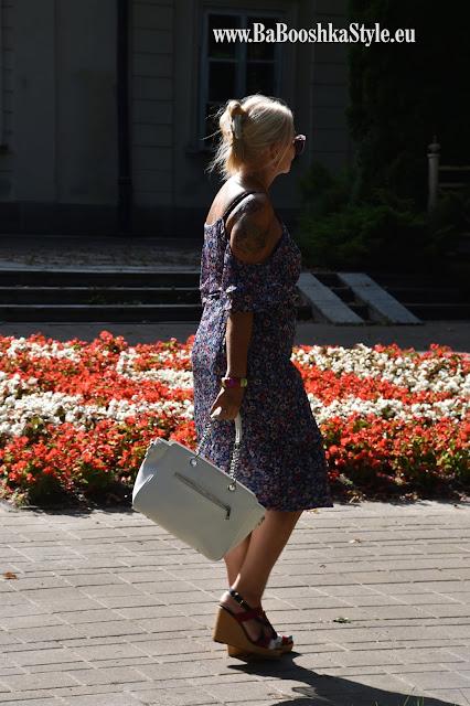 BabooshkaStyle, blogger50, Bonprix, fashionblog, over50, romantyczna sukienka, stylistka, Takko, TommyHilfiger, Footway