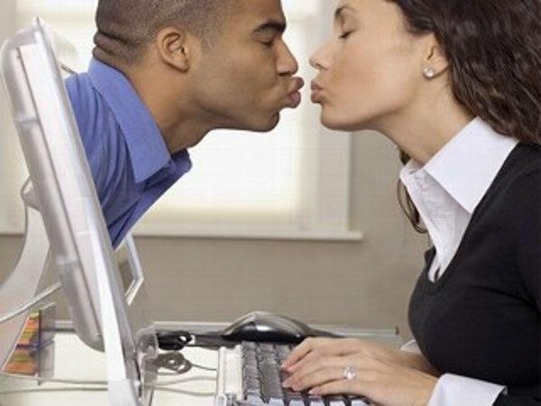 singer gay dating.jpg