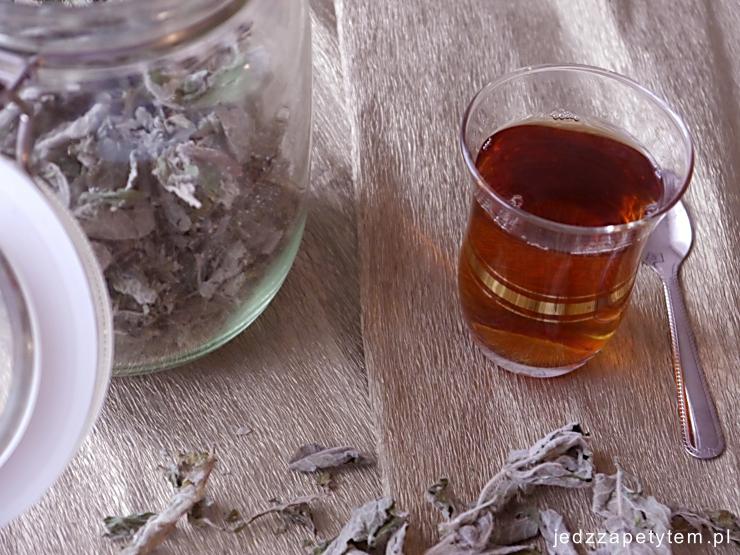 jak przygotować herbatę