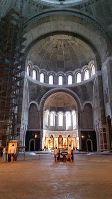 Interior catedral San Sava