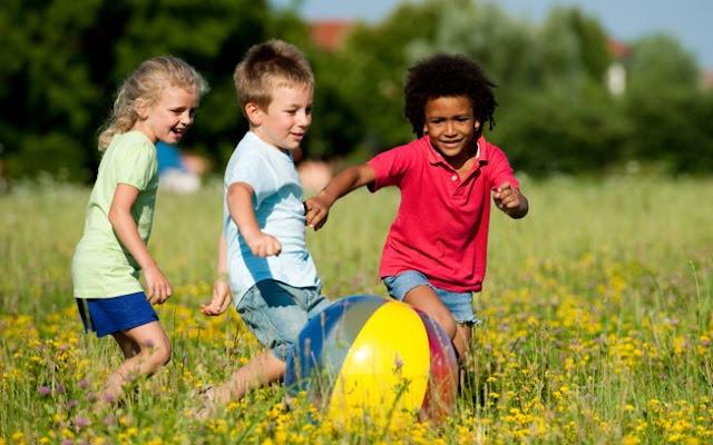 10 Brincadeiras para brincar ao ar livre