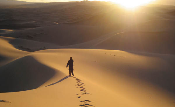 Deserto não é lugar de morada, mas de passagem