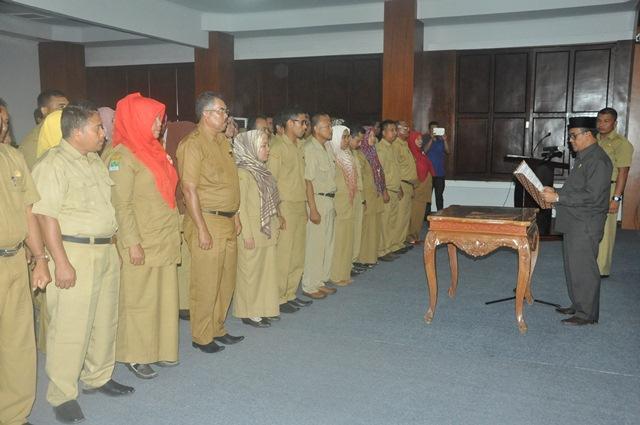 Lantik Kepala Sekolah dan Pengawas. Sekda Aceh Jaya : Guru Harus S-1