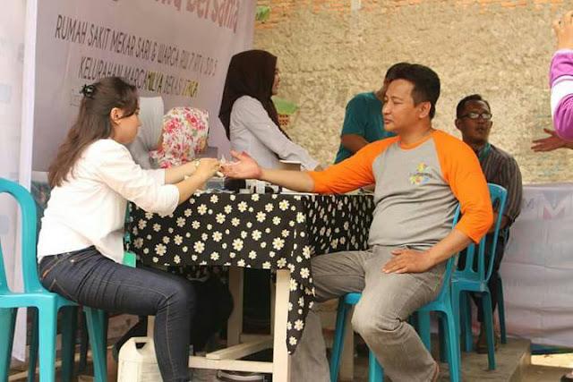 Cahaya Foundation Dan RS Mekarsari Sosialisasikan JKN KS-NIK