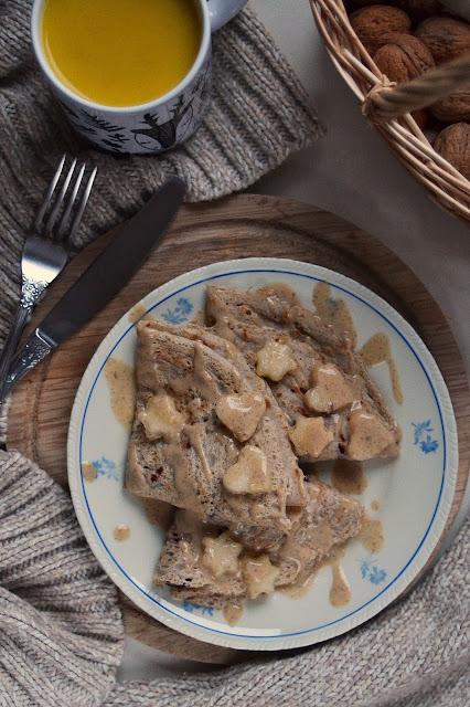 Najprostsze naleśniki gryczano - owsiane! Sos sezamowo - waniliowy.