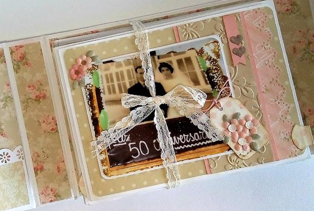 Mini álbum en acordeón romántico
