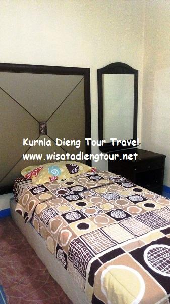 gambar kamar tambahan kecil di hotel dqiano dieng
