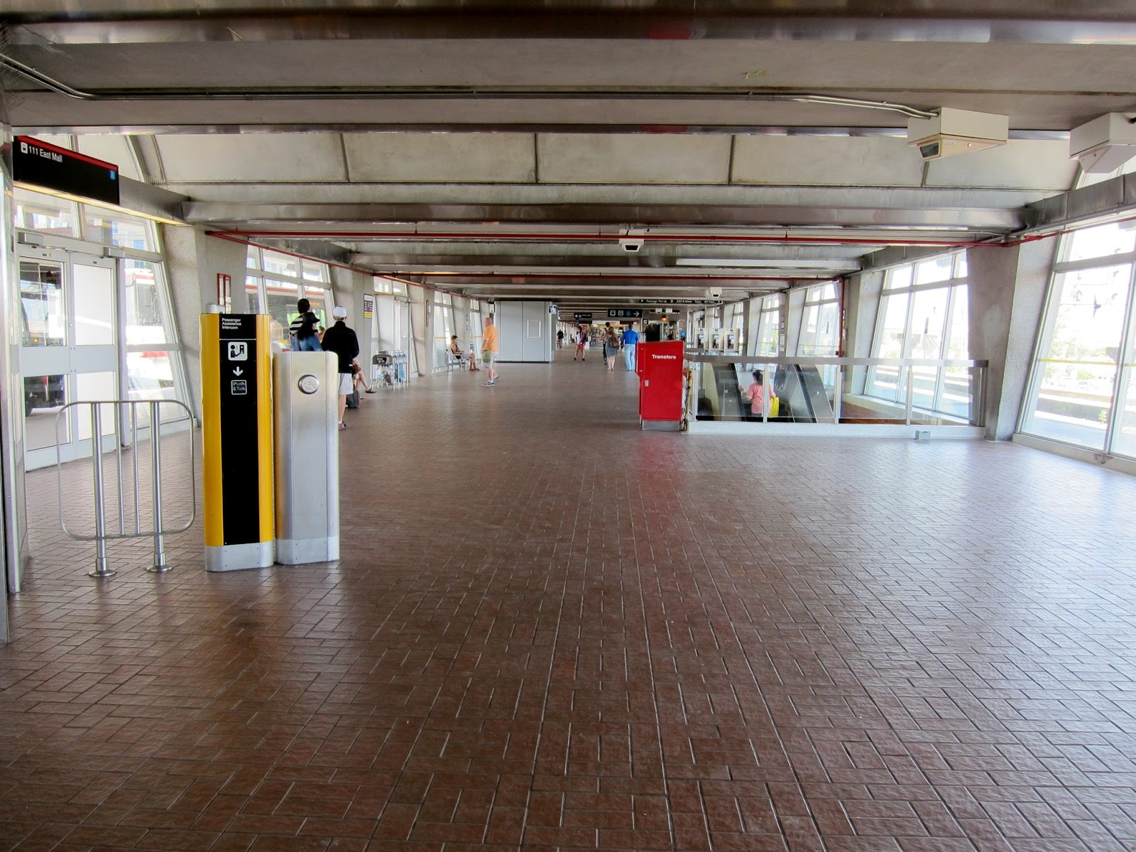 Photo: Kipling station bus level hall