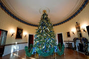 Celebrate Christmas, It's 7 Facts About Christmas Decorating The White House has its Trumpian characteristic!